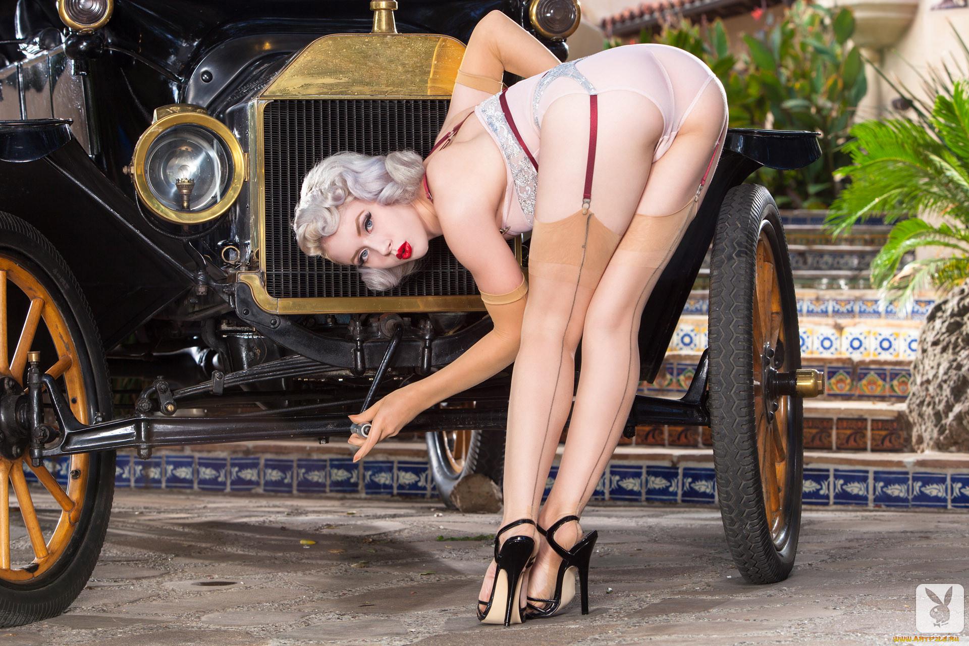 Эротические фото авто и девушки 11 фотография